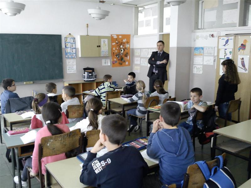 3 Инспектор за вјеронауку посјетио школе у Херцеговини