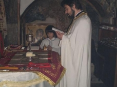 10 Васкрс  у Манастиру Добрићево