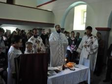 10 Света Литургија у Дувну