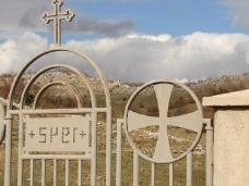 7 Освећење темеља цркве Часног Крста у селу Дражљеву