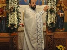 4 Мостарски Срби дочекали су Божић на поноћним литургијама