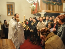 18 Мостарски Срби дочекали су Божић на поноћним литургијама