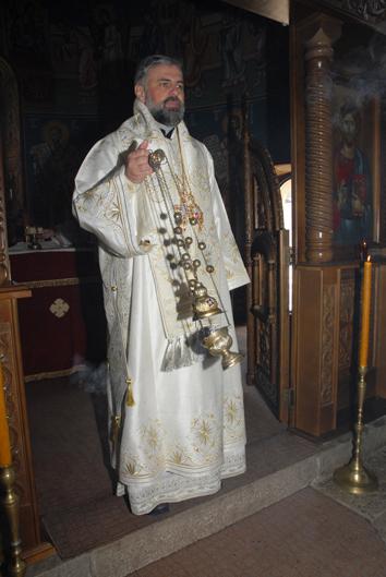 15 Света Литургија у Невесињу