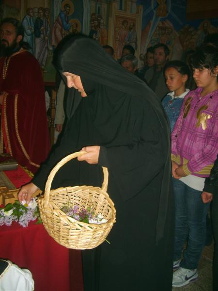 6 Васкрс  у Петропавловом Манастиру