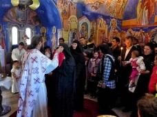 14 Св. Литургија у Петропавловом манастиру