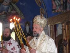 1 Света архијерејска Литургија у Петропавловом манастиру