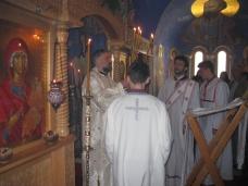 10 Света архијерејска Литургија у Петропавловом манастиру