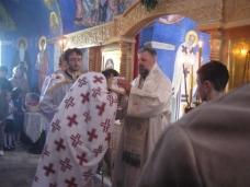 11 Света архијерејска Литургија у Петропавловом манастиру