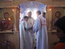 3 Света архијерејска Литургија у Петропавловом манастиру