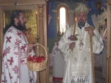 7 Света архијерејска Литургија у Петропавловом манастиру