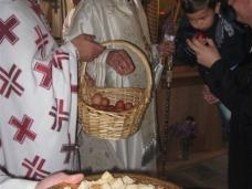 8 Света архијерејска Литургија у Петропавловом манастиру