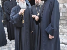 9 Патријарх Иринеј посјетио Стару цркву у Сарајеву