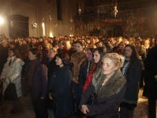 2 Поноћна Св. Литургија на Божић у требињском Саборном храму