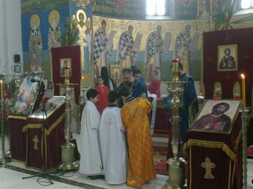 3 Св. Арх. Литургија на Цвијети у Требињу