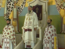 4 Света Aрхијерејска Литургија у Саборном храму у Требињу