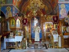 10 Епископ Максим служио Св. Литургију у Манастиру Тврдош