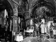 13 Епископ Максим служио Св. Литургију у Манастиру Тврдош