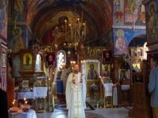 15 Епископ Максим служио Св. Литургију у Манастиру Тврдош