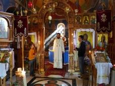 17 Епископ Максим служио Св. Литургију у Манастиру Тврдош