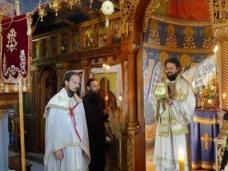 24 Епископ Максим служио Св. Литургију у Манастиру Тврдош