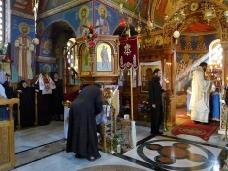 25 Епископ Максим служио Св. Литургију у Манастиру Тврдош
