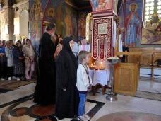 31 Епископ Максим служио Св. Литургију у Манастиру Тврдош