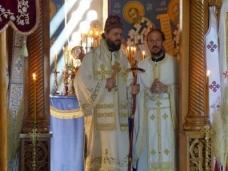 37 Епископ Максим служио Св. Литургију у Манастиру Тврдош