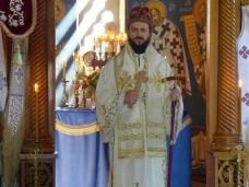 38 Епископ Максим служио Св. Литургију у Манастиру Тврдош