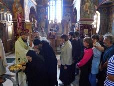 40 Епископ Максим служио Св. Литургију у Манастиру Тврдош
