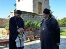 43 Епископ Максим служио Св. Литургију у Манастиру Тврдош