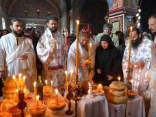 56 Празник Светог Николаја у Манастиру Тврдошу