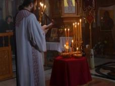 2 Света Литургија у Манастиру Тврдош на дан Великих или Васкршњих задушница