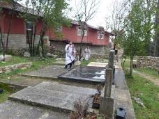 14 Света Литургија у Манастиру Тврдош на дан Великих или Васкршњих задушница
