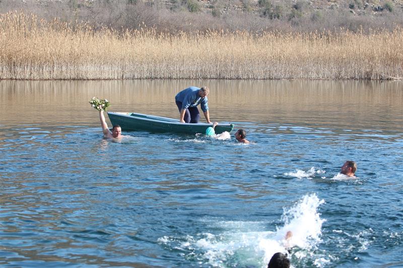 Plivanje za casni krst 2020 (20) (Custom)