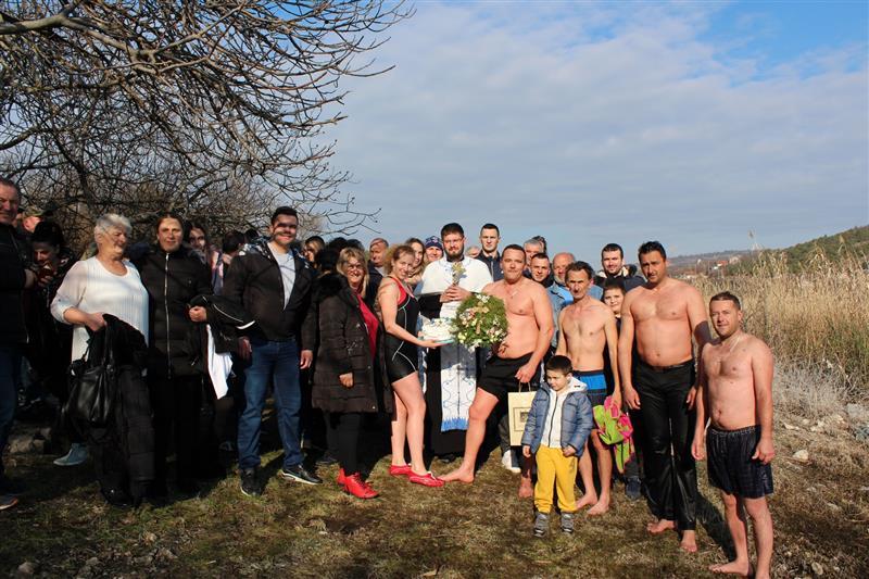 Plivanje za casni krst 2020 (38) (Custom)