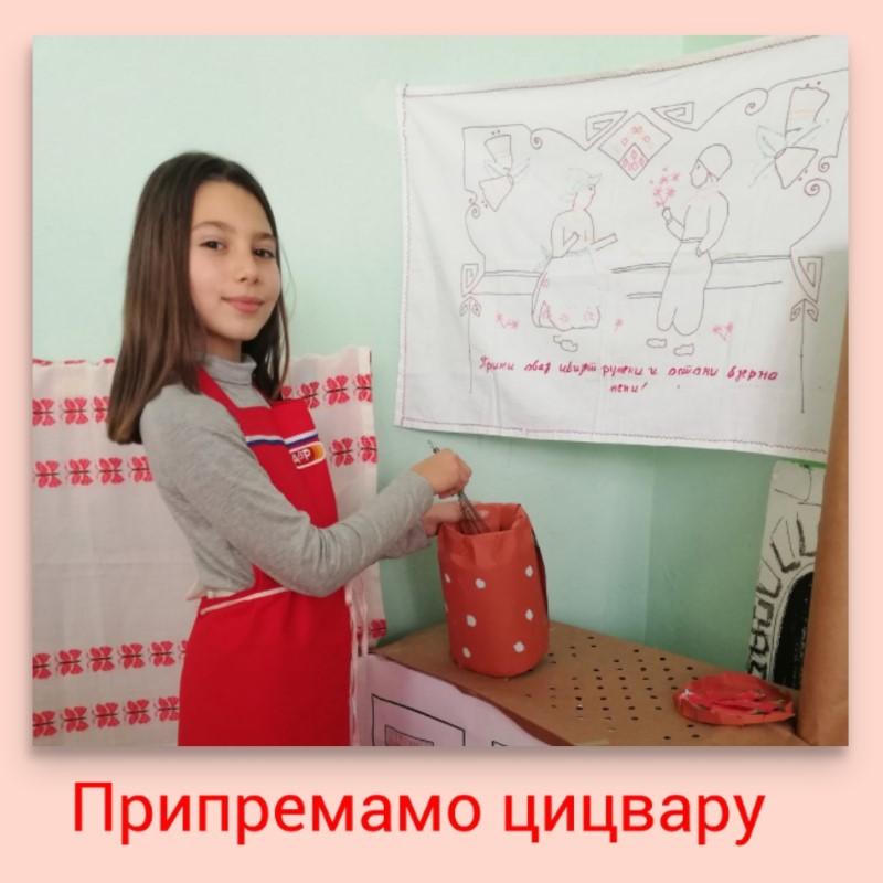 photocollage_20201226235010470 (Custom)